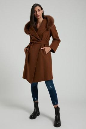 UTOPIAN Kadın Kahverengi Kapüşonlu Punto Dikişli Kürklü Kaban 0