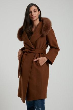 UTOPIAN Kadın Kahverengi Kapüşonlu Punto Dikişli Kürklü Kaban 1