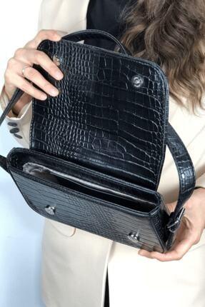 LinaConcept Kadın Siyah Kroko Kapaklı Baget Çanta 4