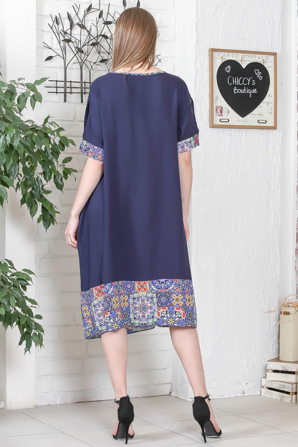 Chiccy Kadın Lacivert El İşi Çiçek İşlemeli Kol Ve Etek Ucu Çini Desen Bloklu Cepli Elbise M10160000EL95276 4