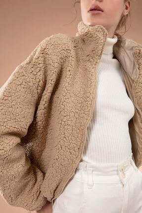 Y-London Kadın Bej Önü Fermuarlı Cepli Peluş Ceket 10420 1