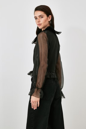 TRENDYOLMİLLA Siyah Tül Detaylı Bluz TWOAW21BZ1577 3
