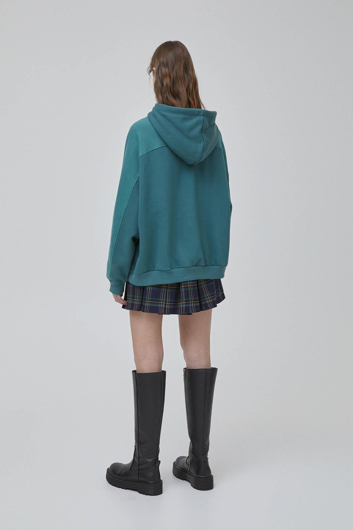 Pull & Bear Kadın Şişe Yeşili Yeşil Blok Renkli Sweatshirt 09594347 3