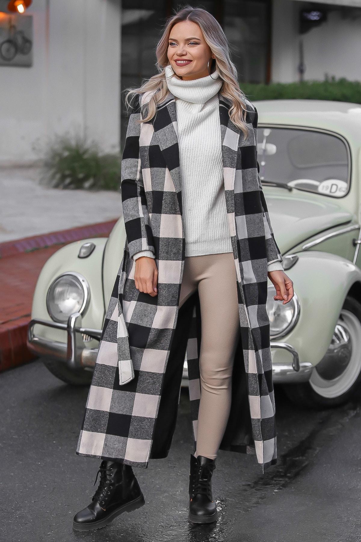 Chiccy Kadın Siyah-Ekru Klasik Ceket Yakalı Ekose Cepli Astarlı Yırtmaçlı Uzun Kaşe Kaban M10210200KA99841 0