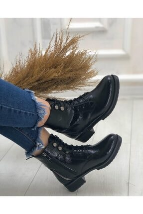 KADIOĞLU Ayakkabı Kadın Siyah Gündelik Kullanım Suni Deri Tarz Postal Bot 2