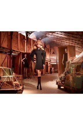 Barbie Koleksiyon Siyahın Asaleti Bebeği Ght43 4