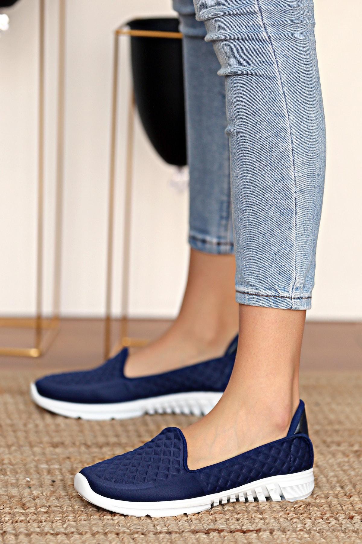 Pembe Potin Kadın Lacivert Ayakkabı