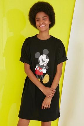 TRENDYOLMİLLA Siyah Mickey Mouse Lisanslı Baskılı Örme Elbise TWOSS21EL0103 0