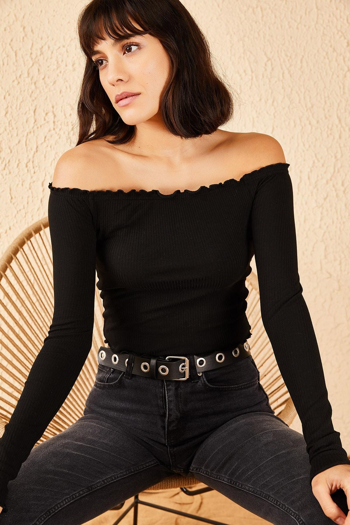 Bianco Lucci Kadın Siyah Kayıkçı Yaka Fitilli Bluz 10191059 1
