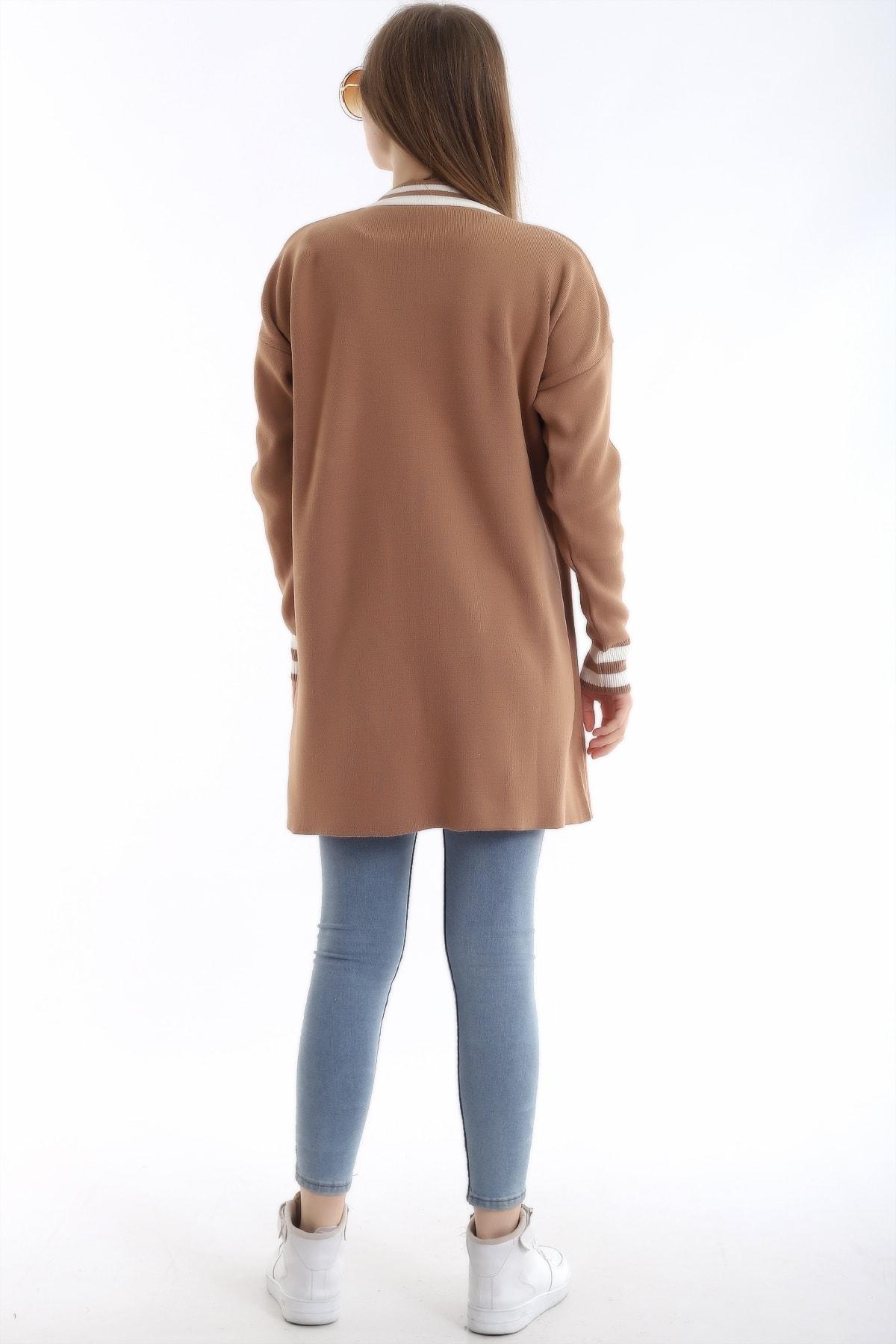 BLUECORNER Kadın Camel Cepli Çizgili Triko Hırka Blu14139