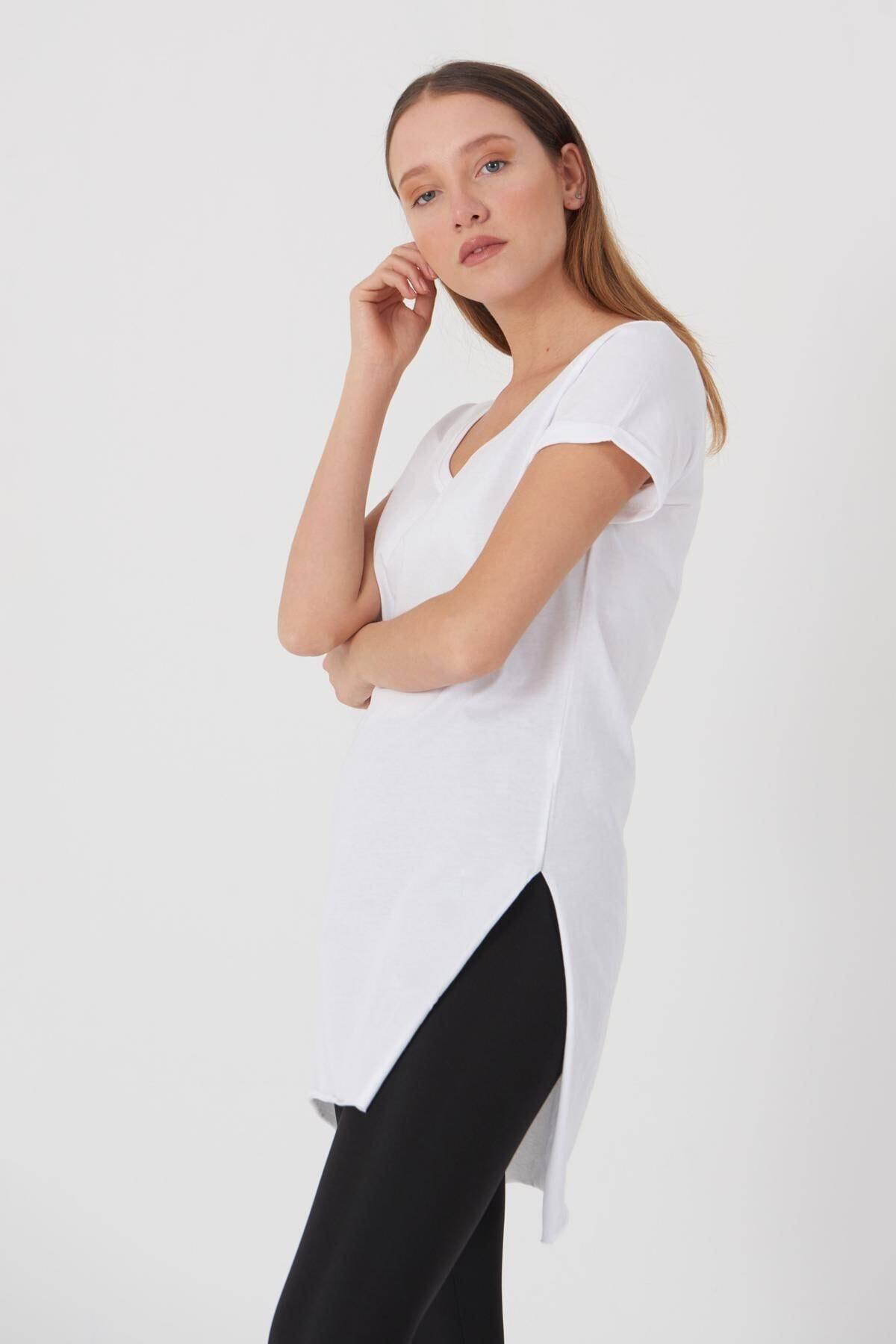 Addax Kadın Beyaz V Yaka T-Shirt P0102 - U1 Adx-00007205 1