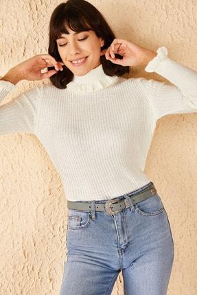 Bianco Lucci Kadın Beyaz Yakası Ve Kolları Fırfırlı Triko Bluz 1