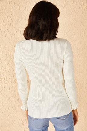 Bianco Lucci Kadın Beyaz Yakası Ve Kolları Fırfırlı Triko Bluz 4