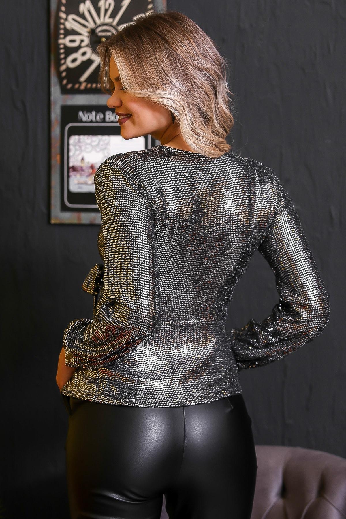 Chiccy Kadın Gümüş Bağlama Detaylı Işıltılı Bluz M10010200BL95672 4