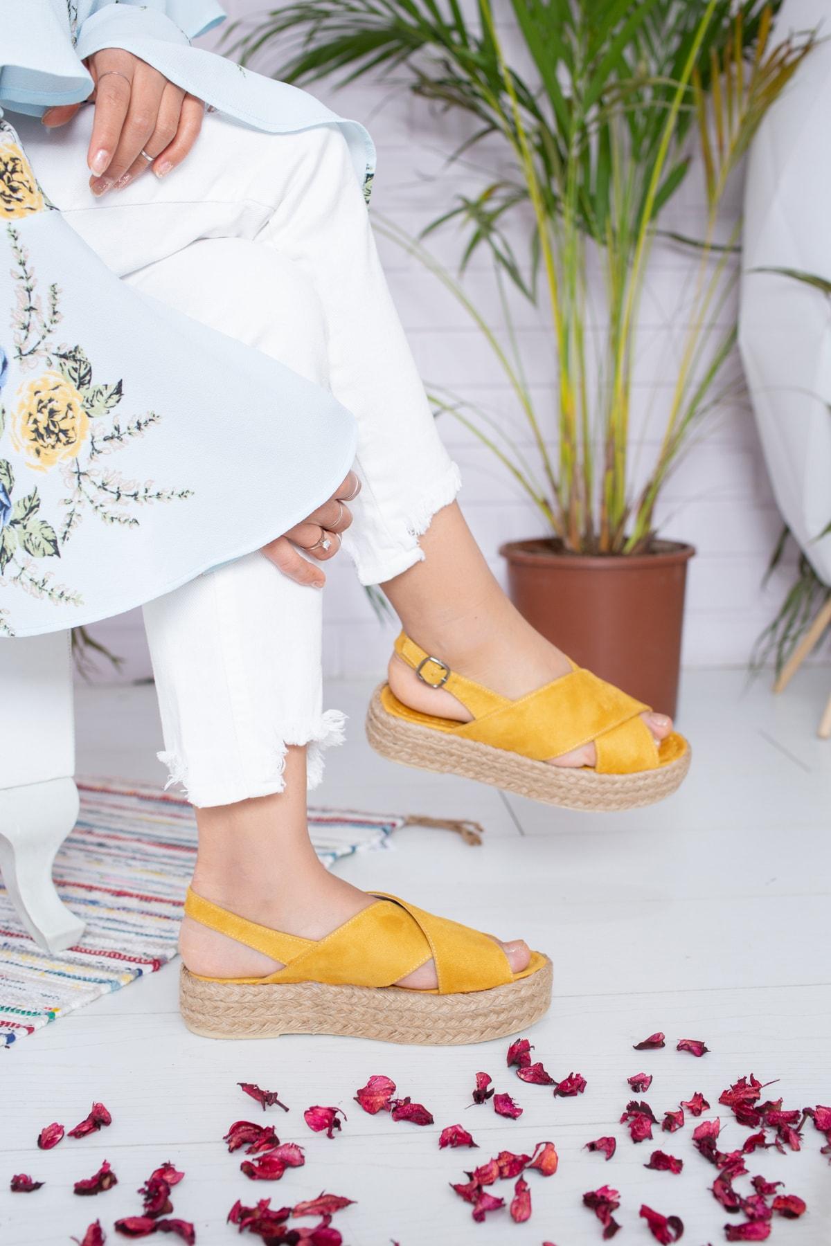 Kadın Hardal Süet Sandalet Md1026-123-0001