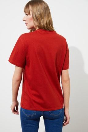 TRENDYOLMİLLA Tarçın Baskılı Boyfriend Örme T-Shirt TWOSS21TS1653 4