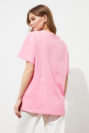 TRENDYOLMİLLA Pembe Nakışlı Boyfriend Örme T-Shirt TWOSS20TS0228 4