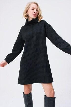 butikburuç Kadın Siyah Degaje Yaka Kısa Elbise 1