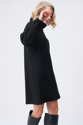 butikburuç Kadın Siyah Degaje Yaka Kısa Elbise 3