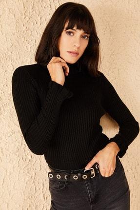 Bianco Lucci Kadın Siyah Yakası Ve Kolları Fırfırlı Triko Bluz 2