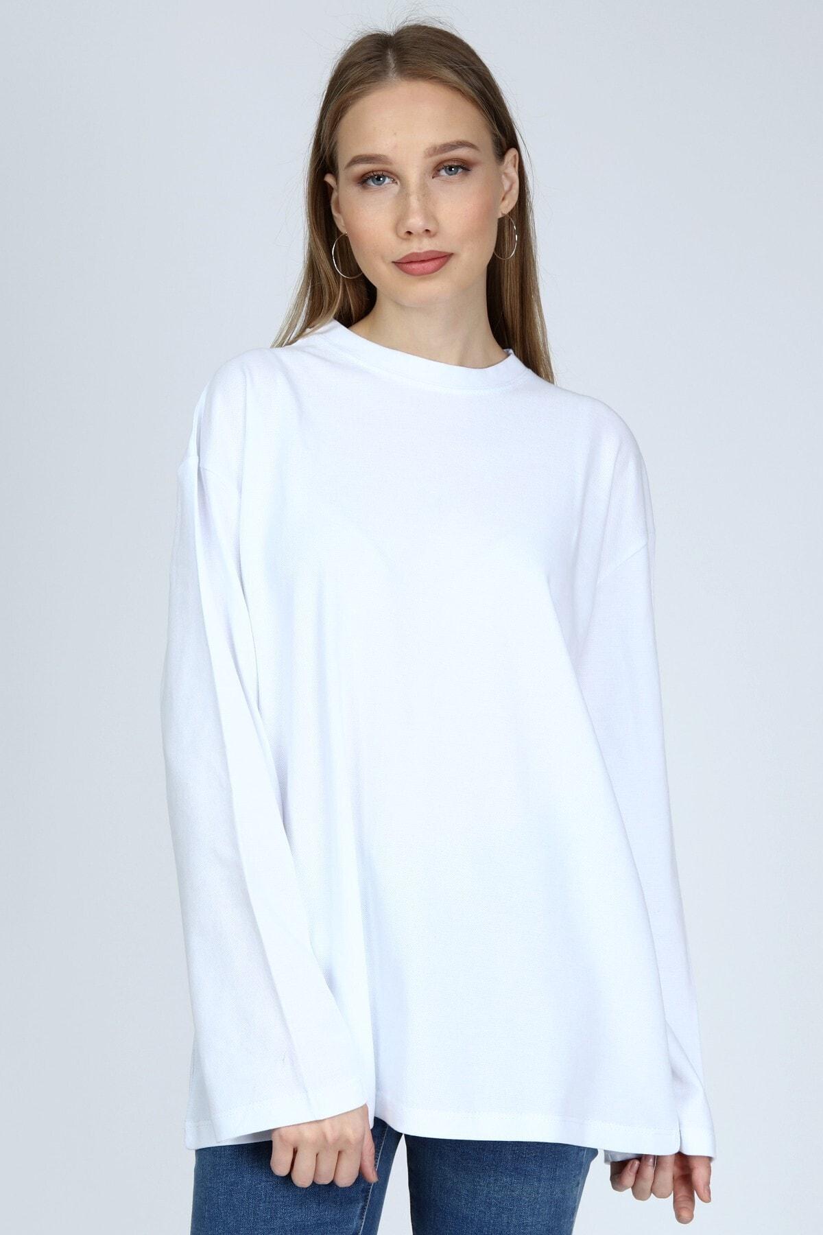 Kadın Beyaz Uzun Kollu Bisiklet Yaka Basic Oversize Sweatshirt