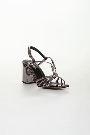 derithy Kadın Platin Klasik Topuklu Ayakkabı 2