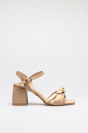 ALTINAYAK Kadın Ten Burgi Bant Detay Kare Kalıp Sandalet 1
