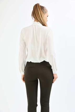 Pera Kadın Beyaz Fular Gömlek 4