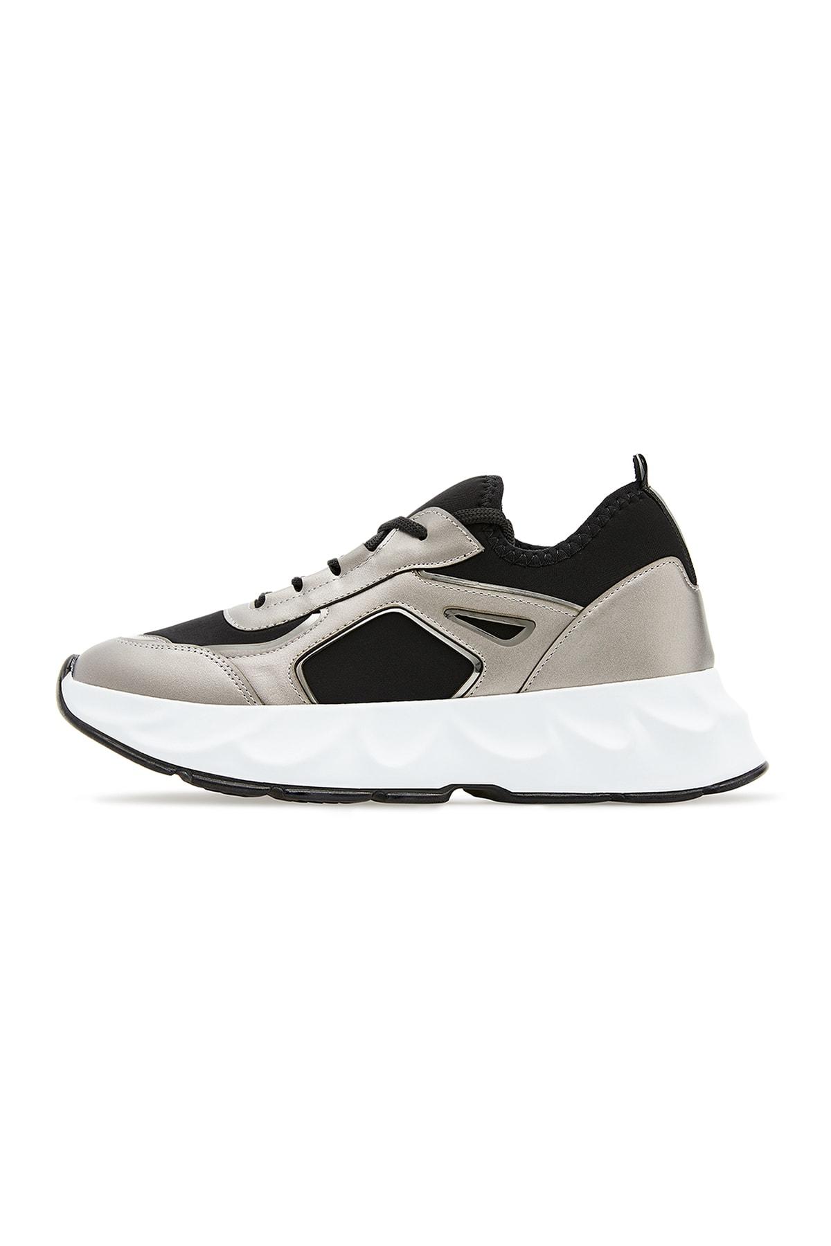 Kadın Spor Ayakkabı 93050