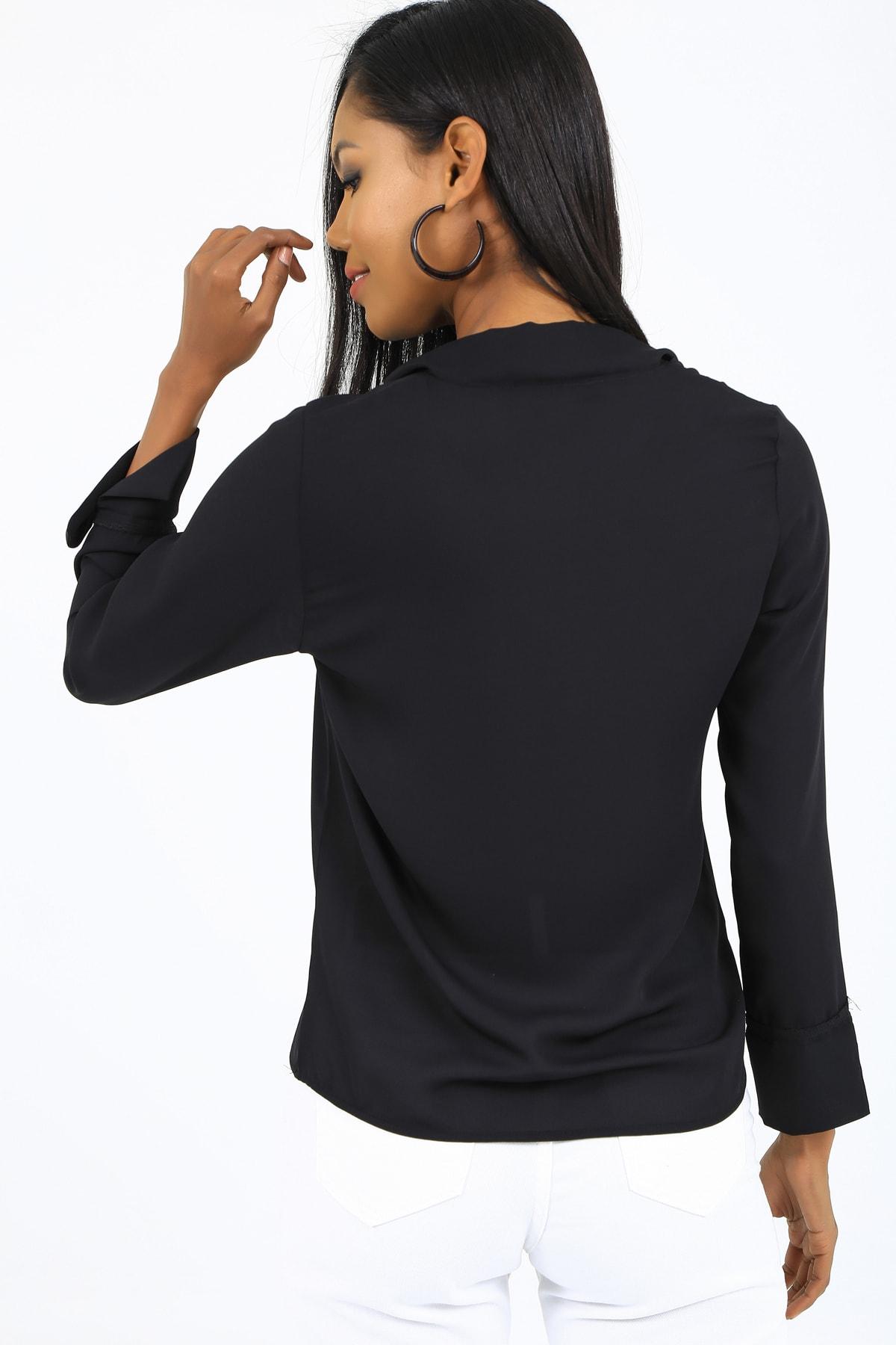 EMJEY Kadın Siyah Önü Bağlamalı Kolları Manşetli Gömlek She020B010059 1