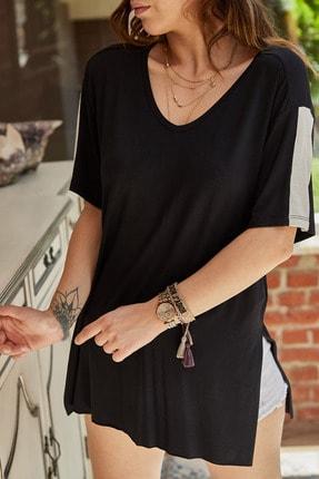 XHAN Kadın Siyah Yırtmaç Detaylı T-Shirt 9YXK2-41434-02 0