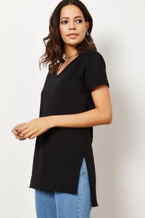 Zafoni Kadın V Yaka Yırtmaçlı T-shirt 2
