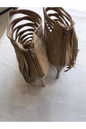Annie Hall Krem Gladyatör Modeli Yan Kısmında Nubuk Püskül Detayları Olan Topuklu Kadın Ayakkabı 1