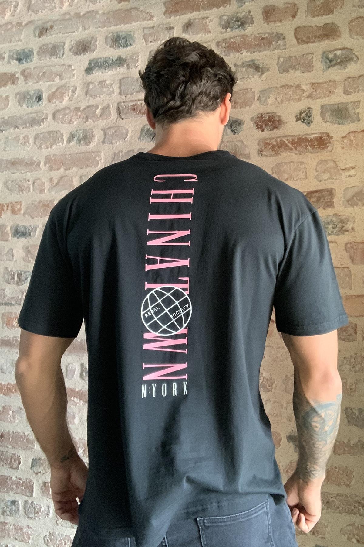 TRENDYOL MAN Siyah Erkek Geniş Kesim Fit Sırt Baskılı T-Shirt TMNSS20TS0277 0