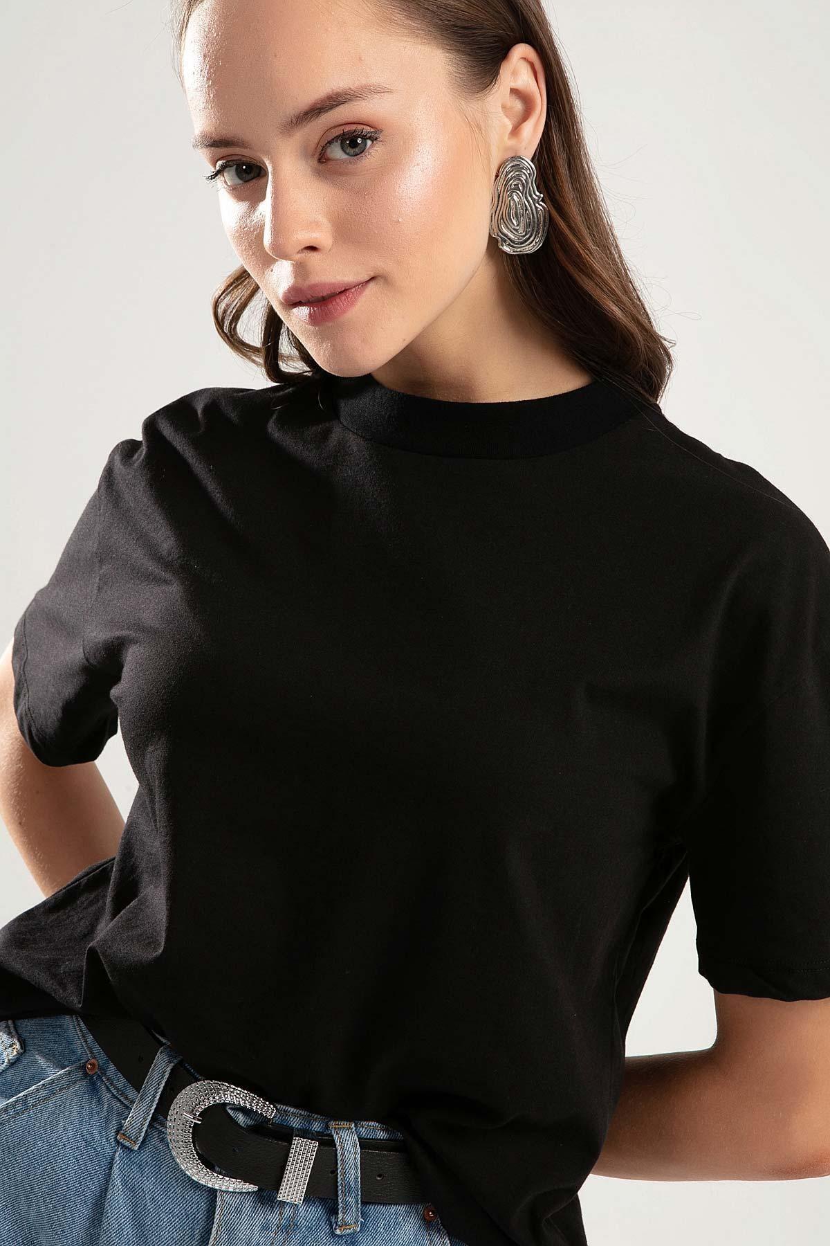 Pattaya Kadın Siyah Dik Yaka Basic Tişört PTTY20S-701 1