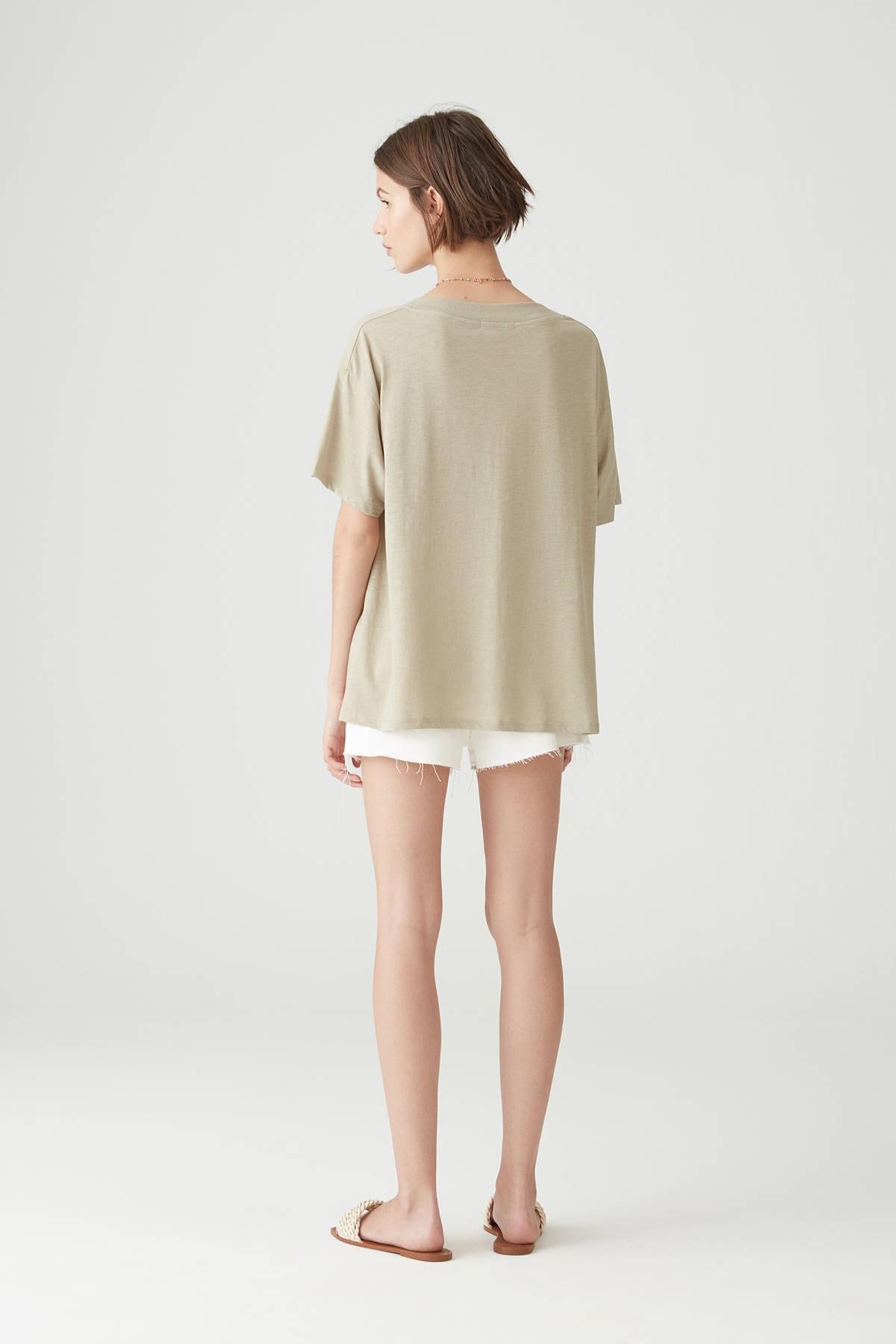 Pull & Bear Kadın Açık Haki Basic Oversize Düğümlü Örgü T-Shirt 05236324 2