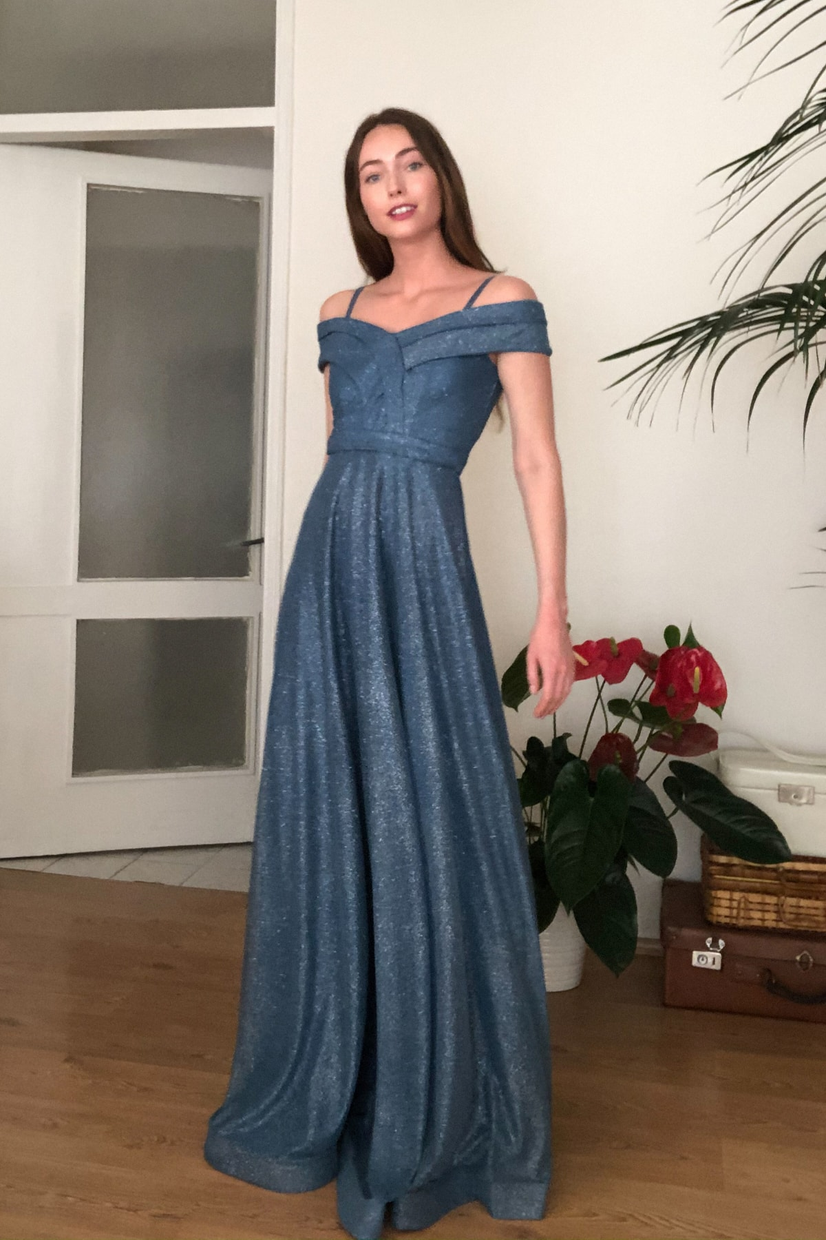 Indigo Yaka Detaylı Abiye & Mezuniyet Elbisesi TPRSS20AE0393