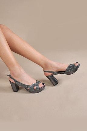 تصویر از Kadın  Gri Klasik Topuklu Ayakkabı VZN20-042Y