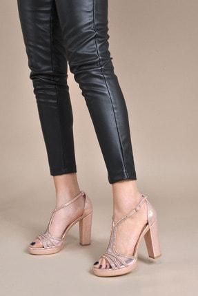 تصویر از Kadın  Bakır Klasik Topuklu Ayakkabı VZN20-040Y