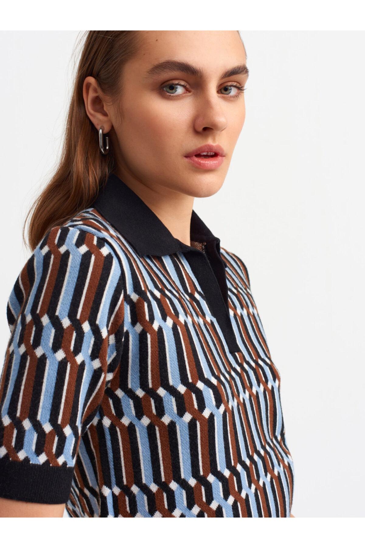 Kadın Renkli  Polo Yaka Jakar Desen Kazak 2883