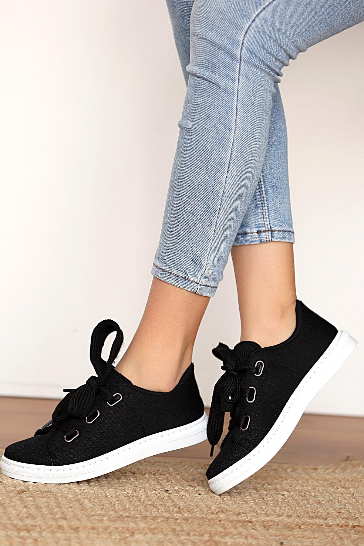 Kadın Siyah Keten Ayakkabı