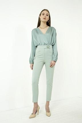 Vis a Vis Kadın Çağla Yeşili Düğme Detaylı Havuç Pantolon 1