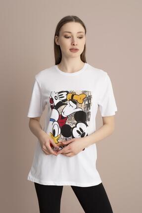 Tena Moda Kadın Beyaz Bisiklet Yaka Renkli Mickey Baskı Tişört 1