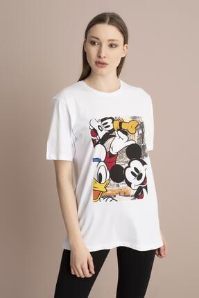 Tena Moda Kadın Beyaz Bisiklet Yaka Renkli Mickey Baskı Tişört 2
