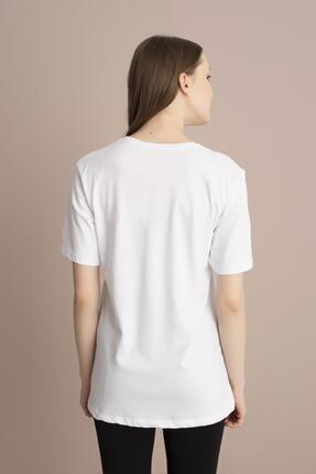 Tena Moda Kadın Beyaz Bisiklet Yaka Renkli Mickey Baskı Tişört 3
