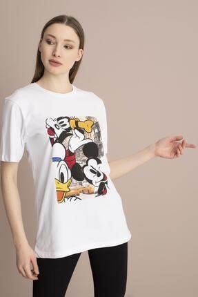 Tena Moda Kadın Beyaz Bisiklet Yaka Renkli Mickey Baskı Tişört 0