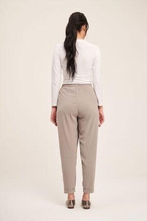 Mizalle Bağcıklı Çizgili Pantolon (Gri) 3