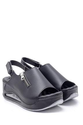 Derimod Kadın Yüksek Tabanlı Sandalet 2