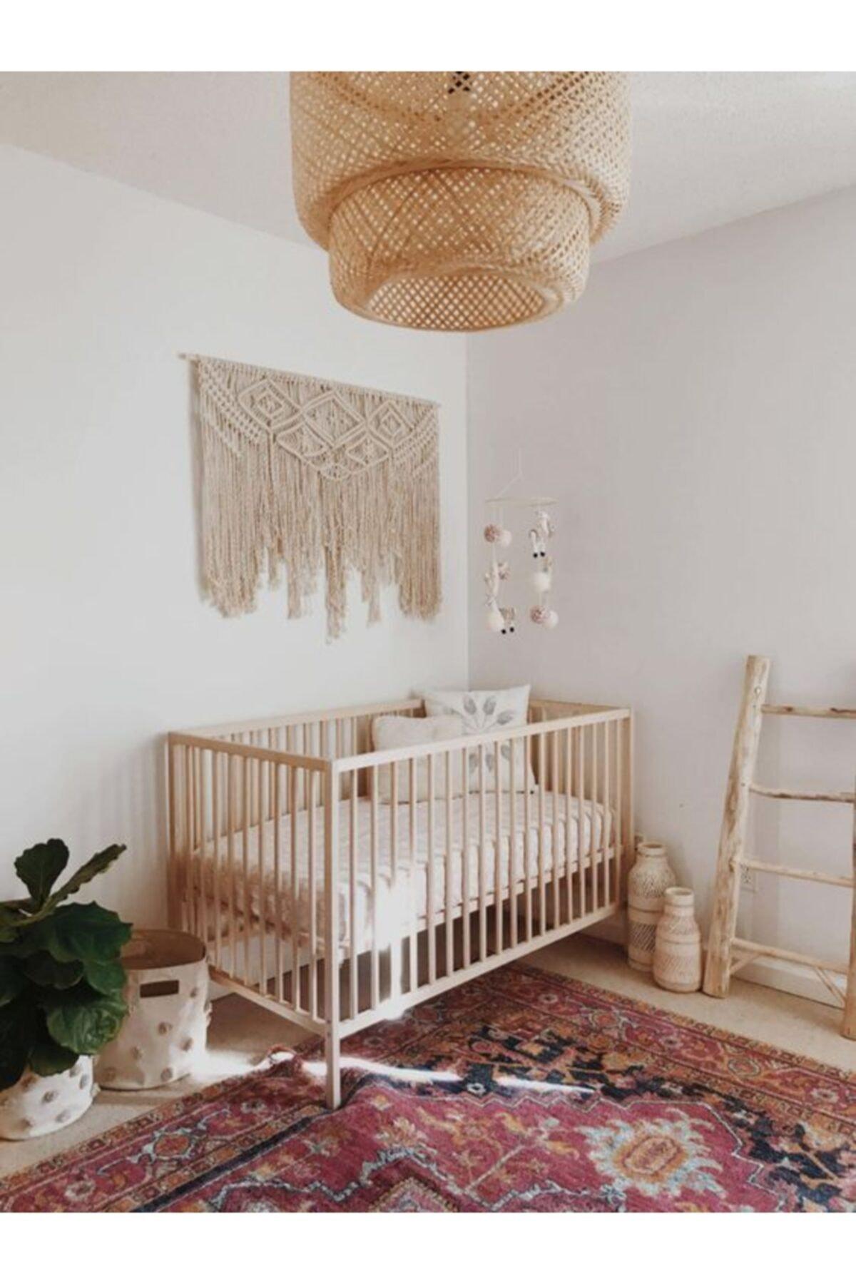 Ahşap Bebek Karyolası