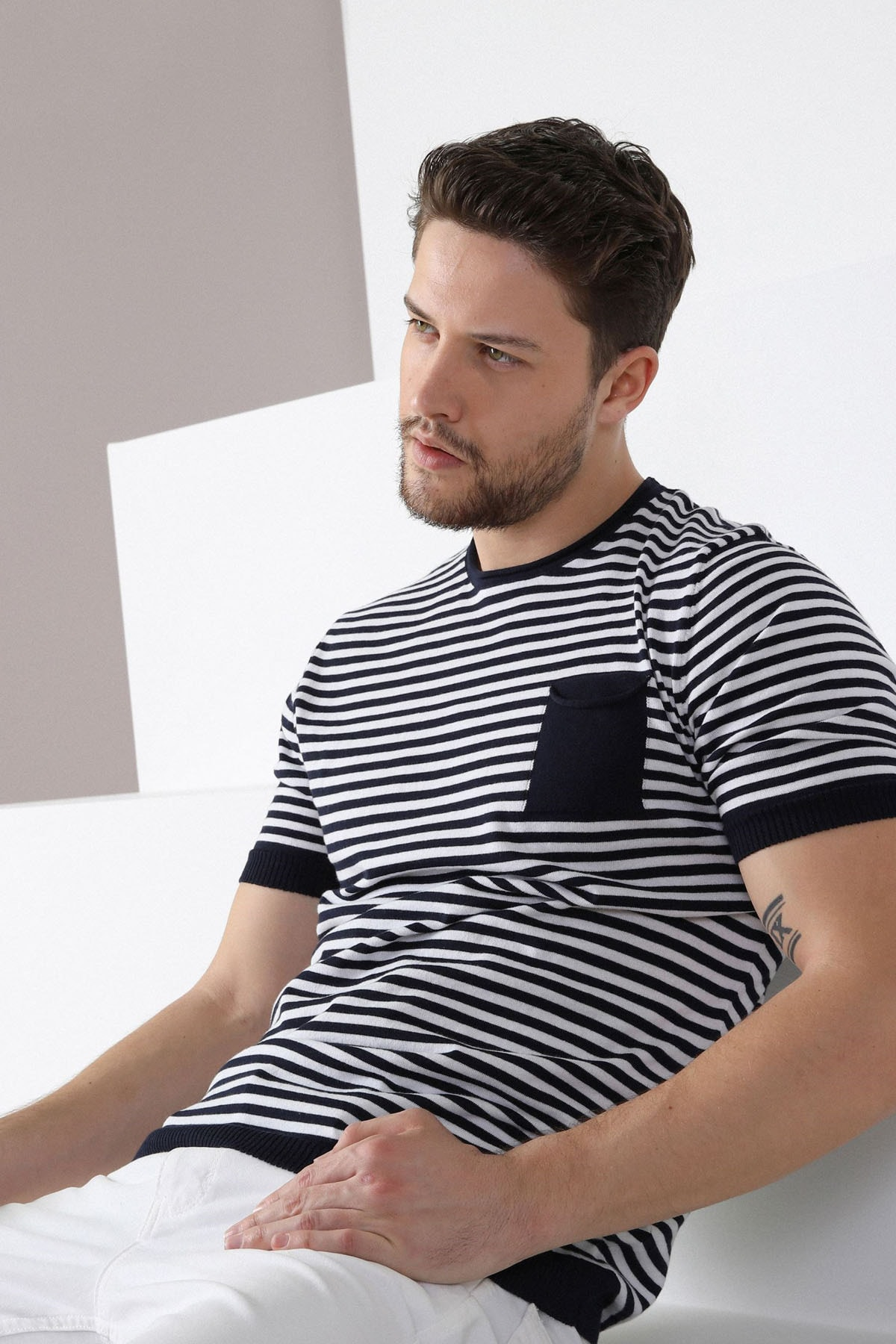 Ferraro Erkek Lacivert Çizgili Bisiklet Yaka Triko T-shirt